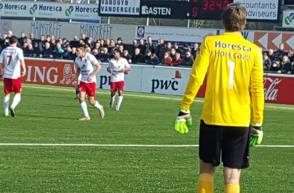 Эдвин ван дер Сар отразил пенальти в матче за Нордвейк - изображение 3