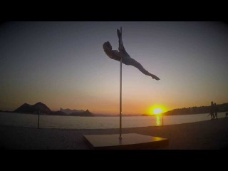 Ольга Кода - Рио, Бразилия - POLE DANCE НА ПЛЯЖЕ