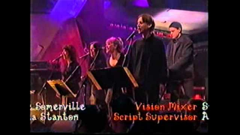 Andy Williams Music to watch the girls go by. Chris Evans TFI FRIDAY live tv show.3.mp4