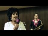 Wanda Jackson &amp Jack White - Thunder on the Mountain