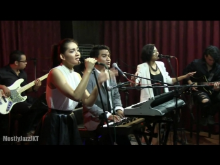 Adriana OST Launching by Indra Lesmana ft. Eva Monita - Maybe @ Mostly Jazz 30_11_13 [HD] - YouTube
