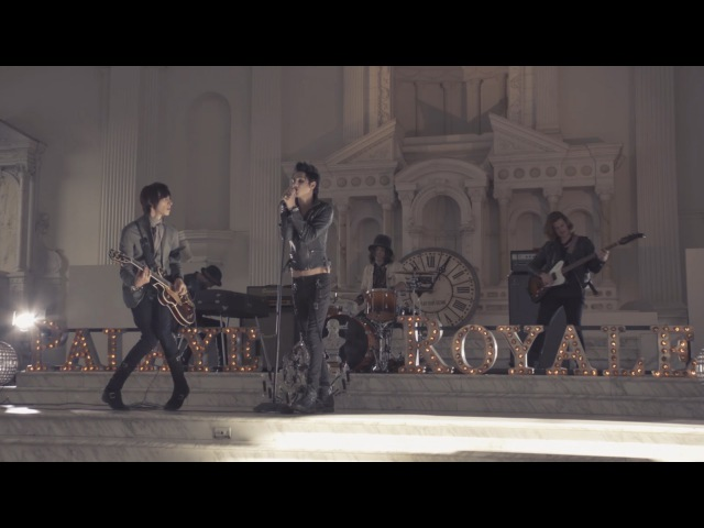 PALAYE ROYALE - Don't Feel Quite Right (Official Music Video)