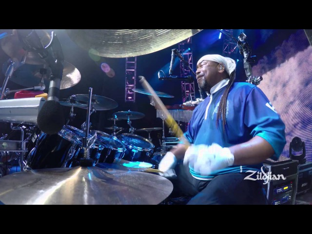 Zildjian Performance - Carter Beauford plays So Much To Say