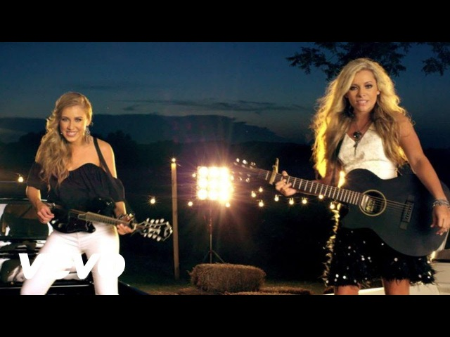 Maddie Tae - Girl In A Country Song