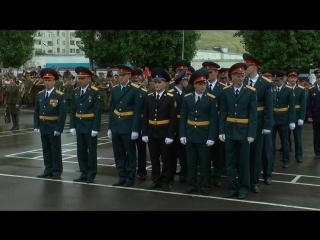 Видео Выпуск молодых офицеров Вольского высшего военного училища тыла 2014 год