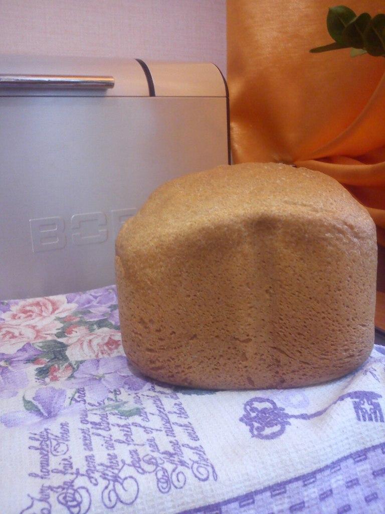 Bork X-500. Белый хлеб с ржаной мукой