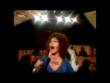 Cleo Laine sings