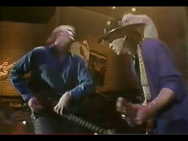 Stevie Ray Vaughan Jeff Healey - 'Look At Little Sister'