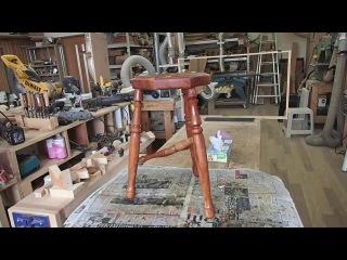 Столярка самодельная точеная табуретка из дерева своими руками Мебель из массива сделай сам 2015