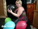Gosy Looner playing and popping 14''s balloons for you!