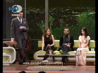 Prenses Isabella Fortuna _ Melike Ipek Yalova @ Beyaz Show 13.01.2012