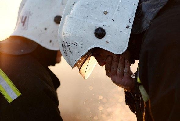 Крупный пожар в центре Петербурга тушат 16 пожарных расчетов