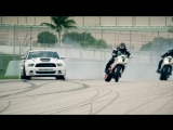 Motorcycle vs. Car Drift Battle 4   Дрифт видео,спорткар,суперкар,автомобиль,машина,тачка