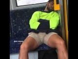 Bulto en el Transporte Publico (Bultos Masculinos)