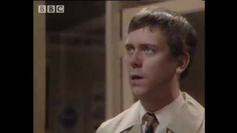 Funny Hugh Laurie Stephen Fry comedy sketch 'Your name sir ' BBC