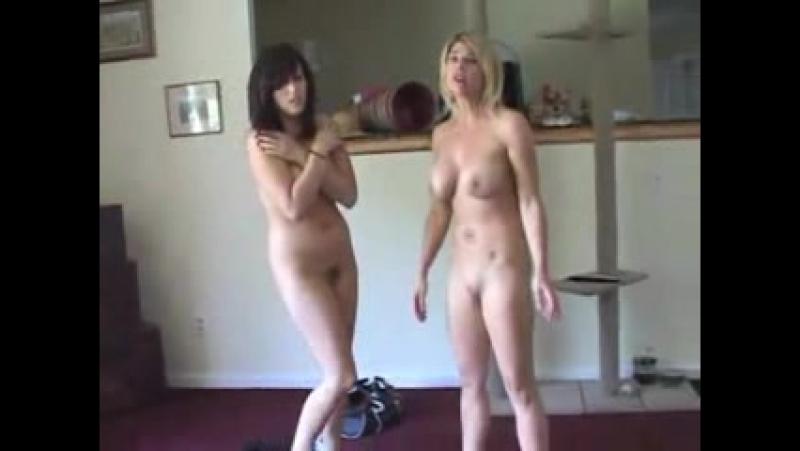 голые и смущенные порно видео