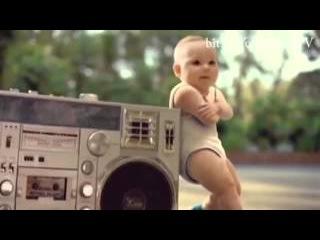 Танцуващи бебета Криско Идеал Петроф