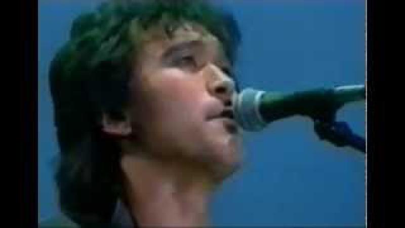 Группа КИНО(Виктор Цой) - концерт в Олимпийском. Москва 5.5.1990.