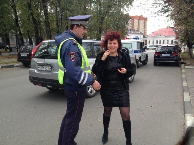 Пьяная автоледи устроила разборку полицейским в Ульяновске