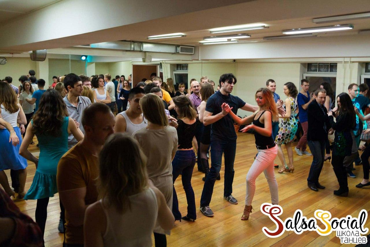 Свинг вечеринка в санкт петербурге 13 фотография