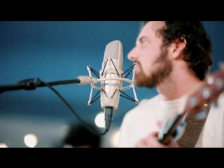 Jesus Culture (Kim Walker - Smith) -- In The River -- New Song Cafe