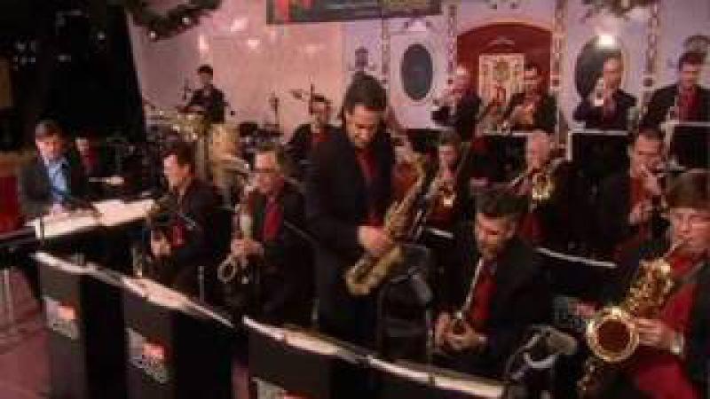 Gordon Goodwin's Big Phat Band at Disneyland Part 1 Hit the Ground Running