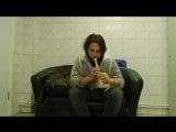 Сергей играет на Блок-флейте в пекарне