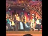 на репетиции Indian Telly Awards 2015 со Скарлетт Уилсон