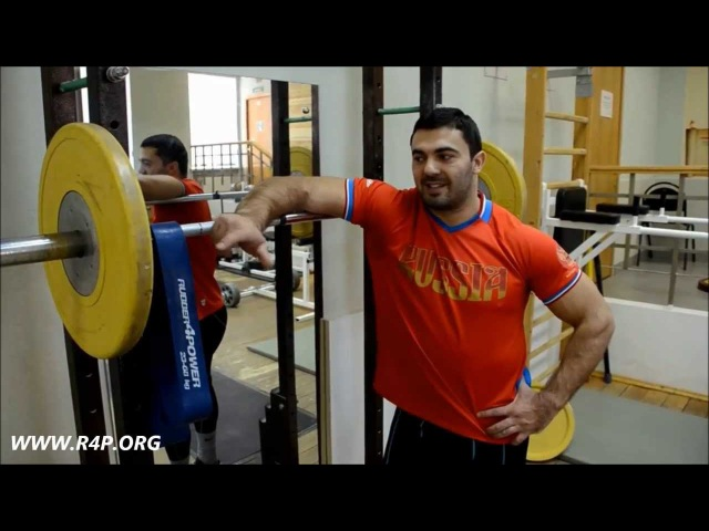 Дмитрий Берестов: тренировка тяжелоатлета с резиновыми петлями R4P (weightlifting secrets)