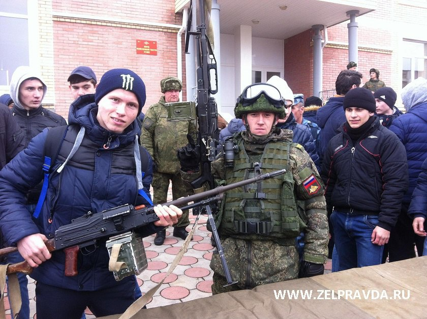 Школьники Зеленчукского района посетили 34 горную мотострелковую бригаду в рамках Дня открытых дверей