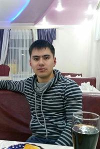 Руслан Аюханов