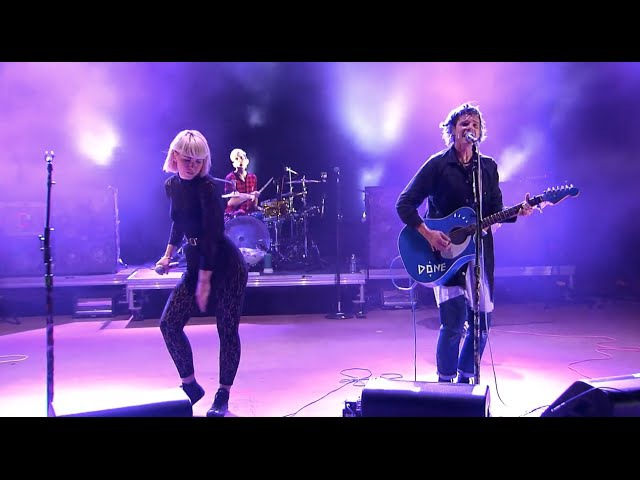 """Grouplove – """"Ways to Go"""" Live at Red Rocks Amphitheatre Presented by Honda Civic Tour"""