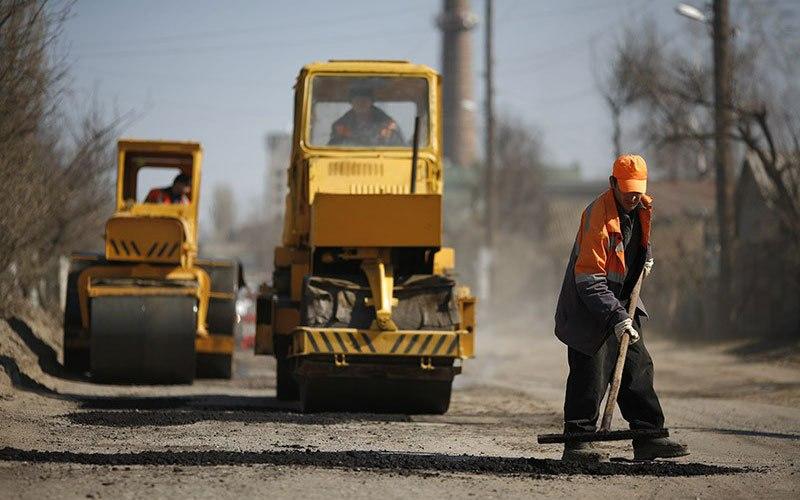 Более 140 миллионов рублей выделено на ремонт дорог в городе Таганроге