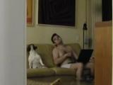 Cachorro dançando hip-hop no sofá __ Dog dancing hip-hop on the couch (ORIGINAL)