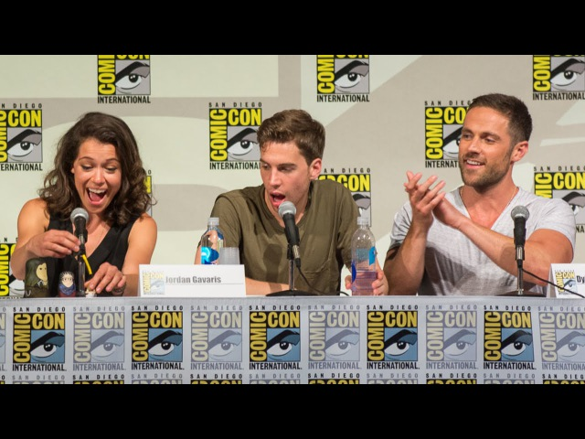 ORPHAN BLACK: Top 7 Moments From Comic-Con 2014 Panel - BBC AMERICA 01.08.2014
