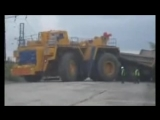 BelAZ and Komatsu - Death of the Titans. БелАЗы и Комацу - Смерть Титанов - YouTube_0_1437842630930