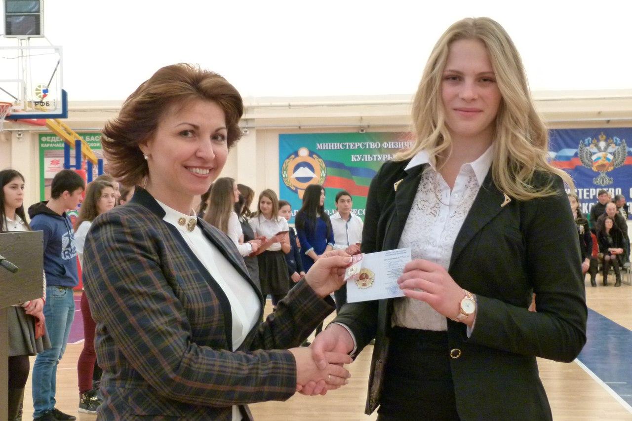 Более тридцати спортсменов из Зеленчукского района получили знаки отличия ГТО