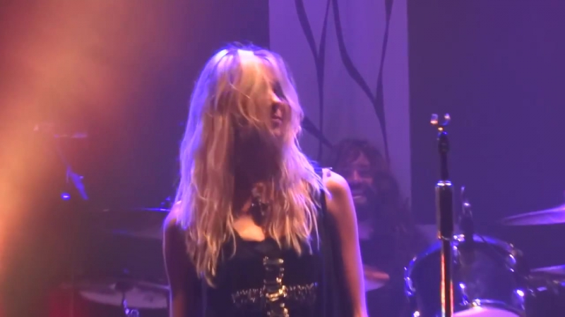 The The Pretty Reckless - Kill Me (House of Blues in Anaheim, CA on October 10, 2013)