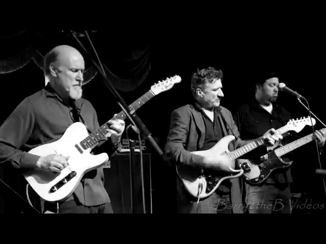 Soulive w/Scofield Cleary - I Dont Need No Doctor @ Brooklyn Bowl - Bowlive 5 - Night 4 - 3/18/14