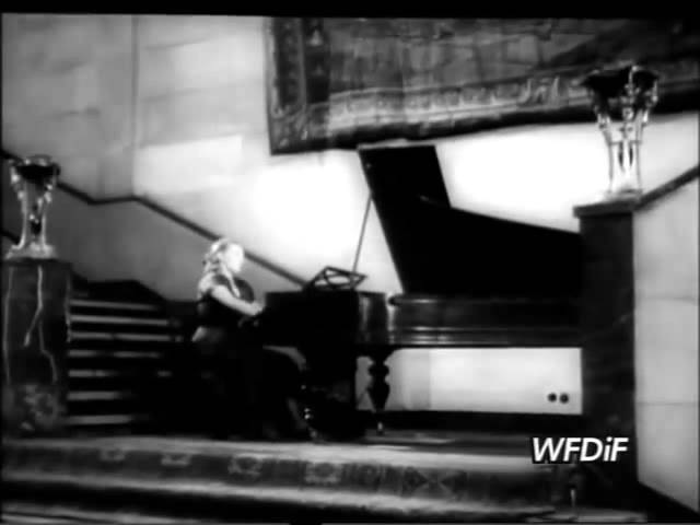 Halina Czerny-Stefanska and Bella Davidovich at the 1949 Chopin competition - video