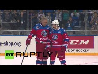 Россия: Путин празднует 63-й день рождения с Хоккейный матч с участием хоккейных легенд.