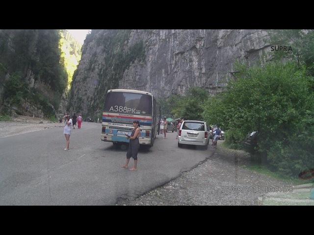 Абхазия дорога на озеро Рица от границы через Гагры на машине