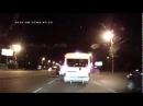 Прикольная драка губки боба на дороге с автомобилистом