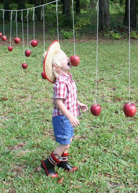 kZA79FUmZNE  [Осенний яблочный квест для детей] День 4. Рассказываем сказку