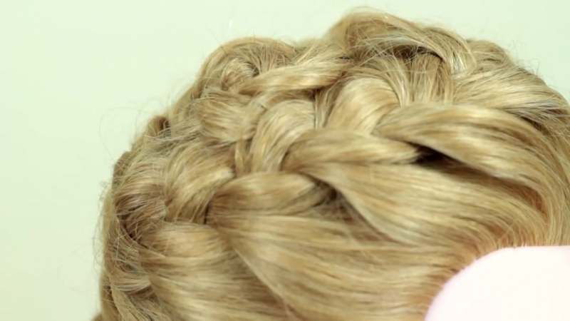 Объёмная коса. Быстрая причёска. Quick hairstyle with volume braid