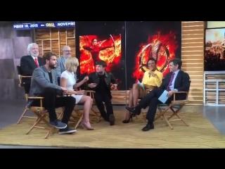 18 ноября 2015: Актёры «Сойки-пересмешницы» на ТВ-шоу «GMA» (часть #1)
