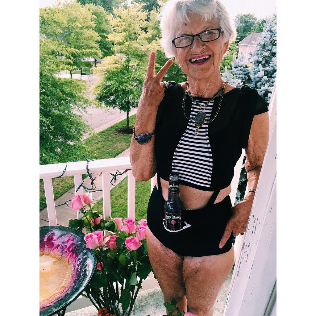 Сєкс с очєнь старыми бабулями 27 фотография