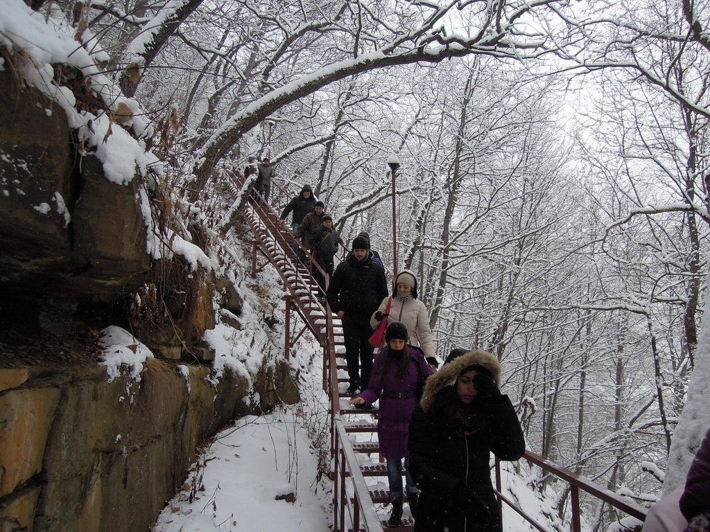 Поломники из КМВ и КБР посетили святыни Нижне-Архызского городища
