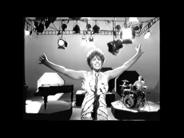 Propellerheads feat.SHIRLEY BASSEY - History Repeating