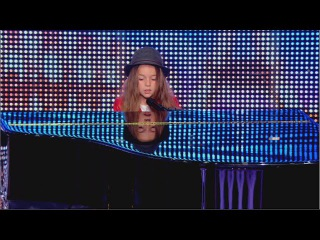 Erza, 8 years old, sings 'Papaoutai' by Stromae - France's Got Talent 2014 audition - Week 2